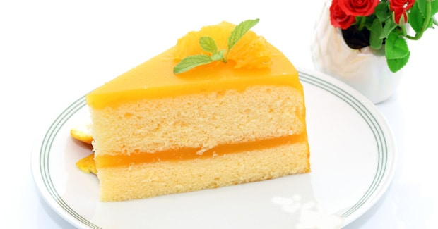 Sticky Lemon Sponge Cake
