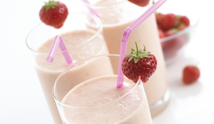 Health: Strawberry and banana breakfast smoothie