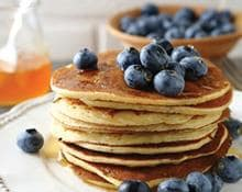 Protein Pancakes with Fresh Berries