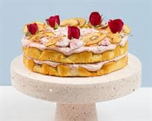 Kiwifruit & Strawberry Pavlova Cake