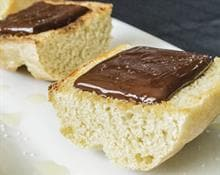 Pan con aceite y chocolate