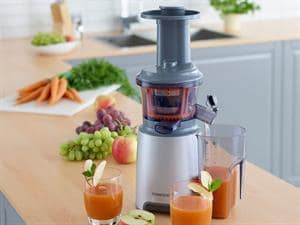 Slow Press Juicer - JMP600SI