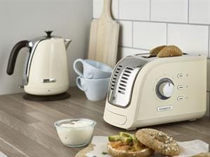 Turbo 2 Schlitz Toaster - TCM300CR
