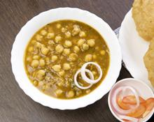 Chickpea Curry and Onion Tarka